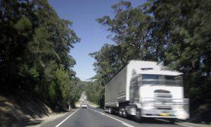 blurred-truck-3