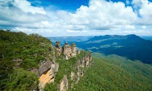 three sisters blue mountains stock image