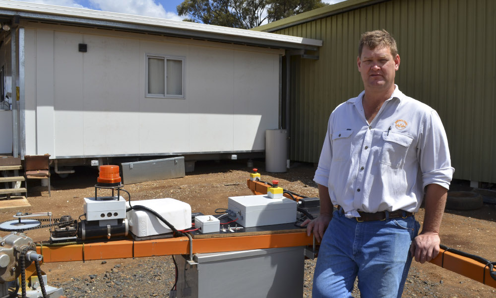 Director of SwarmFarm Robotics Andrew Bate will open the gates of his 4000 hectare wheat property, Bendee, at Gindie as part of 2019 WeedSmart Week activities in Central Queensland. Photo GRDC