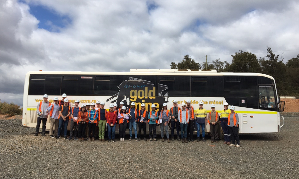 UWA and University of Toronto Lassonde students and teaching staff, and Newmont Goldcorp staff onsite at Newmont Goldcorp's Boddington gold mine.