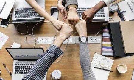 collaboration-fist-bumps